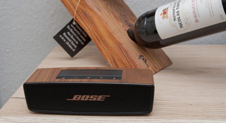 Bose SoundLink Mini II mit balolo Walnuss Echtholzcover